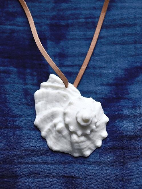Pendant: Seashell III