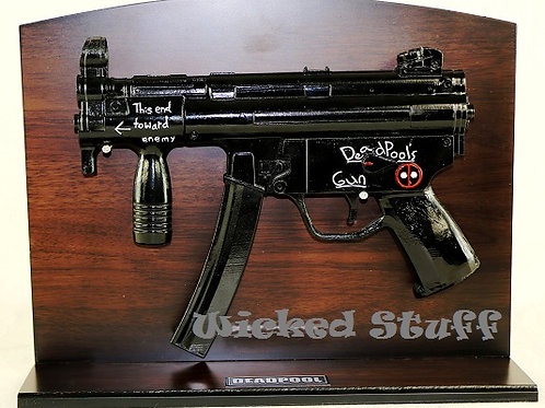 DEADPOOL Hand Machine Gun from Comic BooksMACHINE GUN