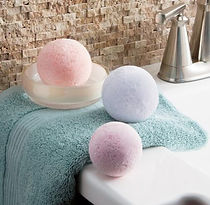 natural-fizzy-bath-bomb-e1543126286330_e