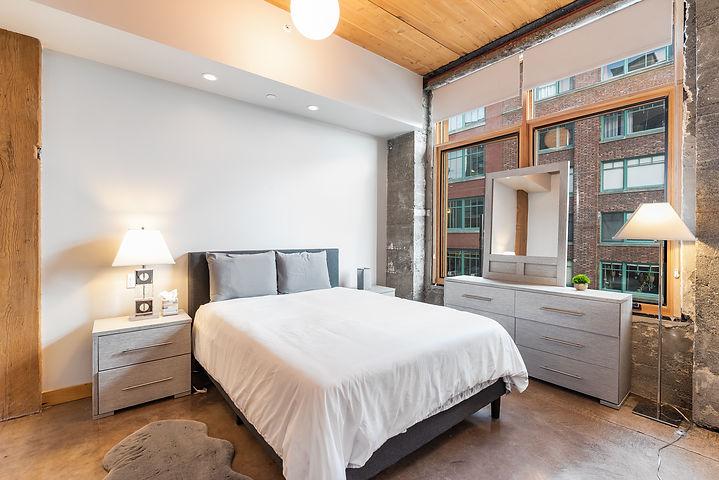bedroomBL.jpg