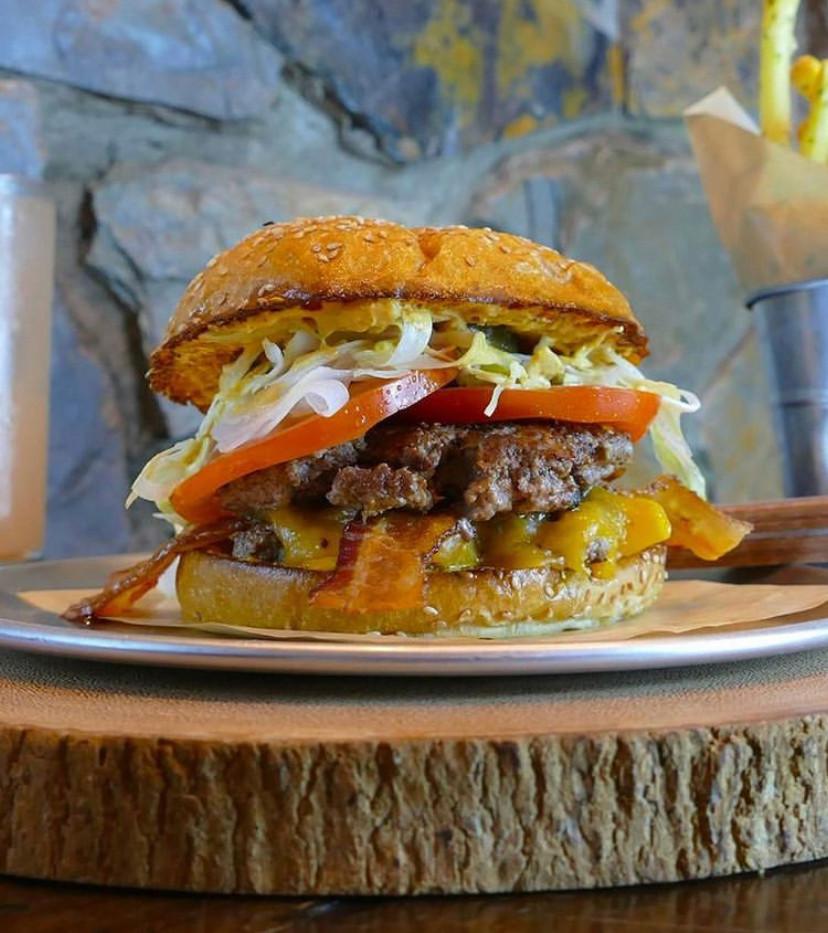 Stack 571 Burger & Whiskey Bar