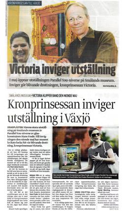 2009_04_09_Smalandsposten_KronprinsessanInvigerUtstallningIVaxjo