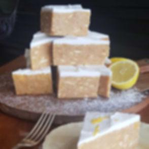 Gotta love a pyramid of citrus slice 🍋?