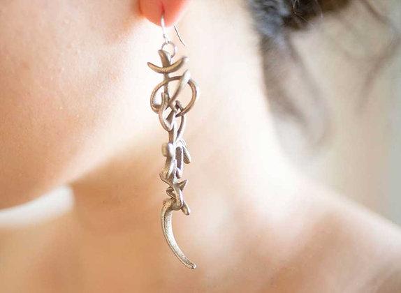 3D Arigato Earring