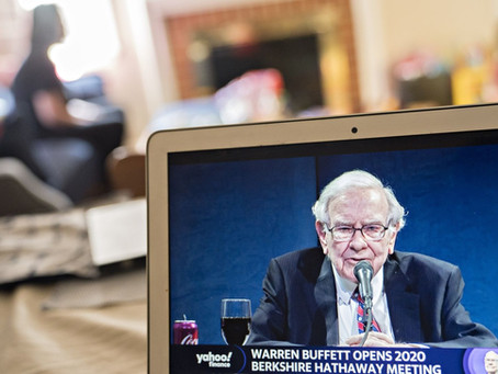 Buffett Stays on Sidelines With Cash Rising to $137 Billion