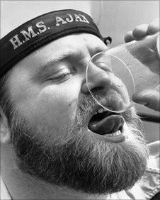 Sailor_drinking_grog