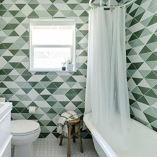 Green-Fireclay-Bathroom-Chase-Daniel-Rem