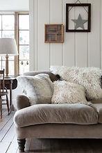 amara sofa.jpg