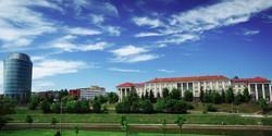 university-745799