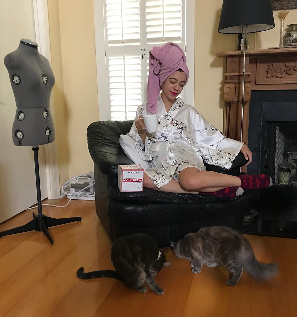 Katrina Belle - Katrina Belle Beauty - Barnie's Coffee and Tea - Winter Park Florida - Fashion blogger - Cold brew