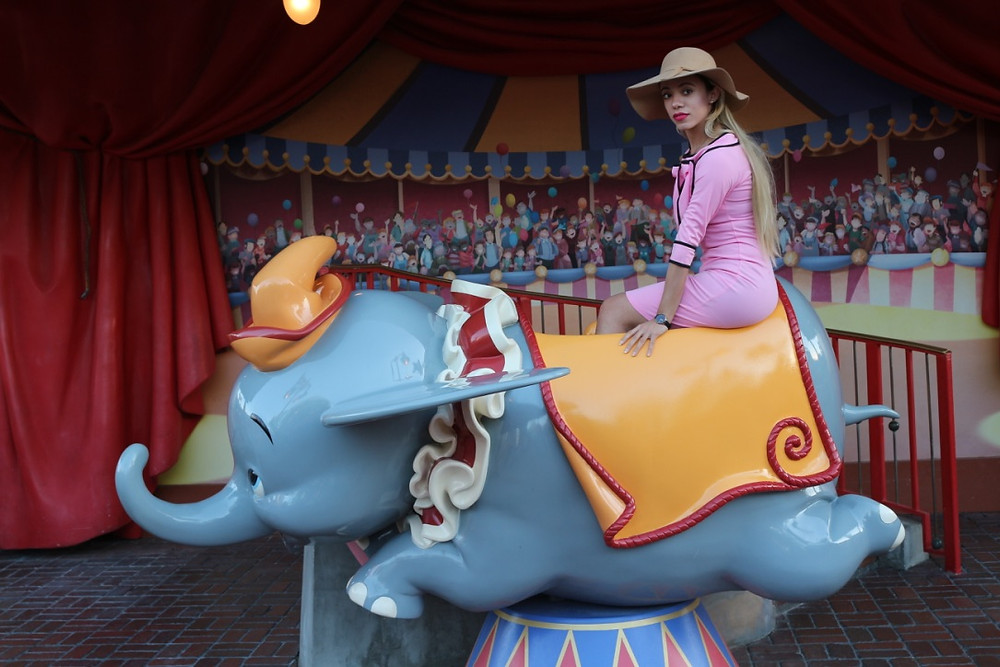 Katrina-Belle-Beauty-Disney-Blogger-Dapper-Day