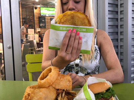 Trying the Street Stack at BurgerFi