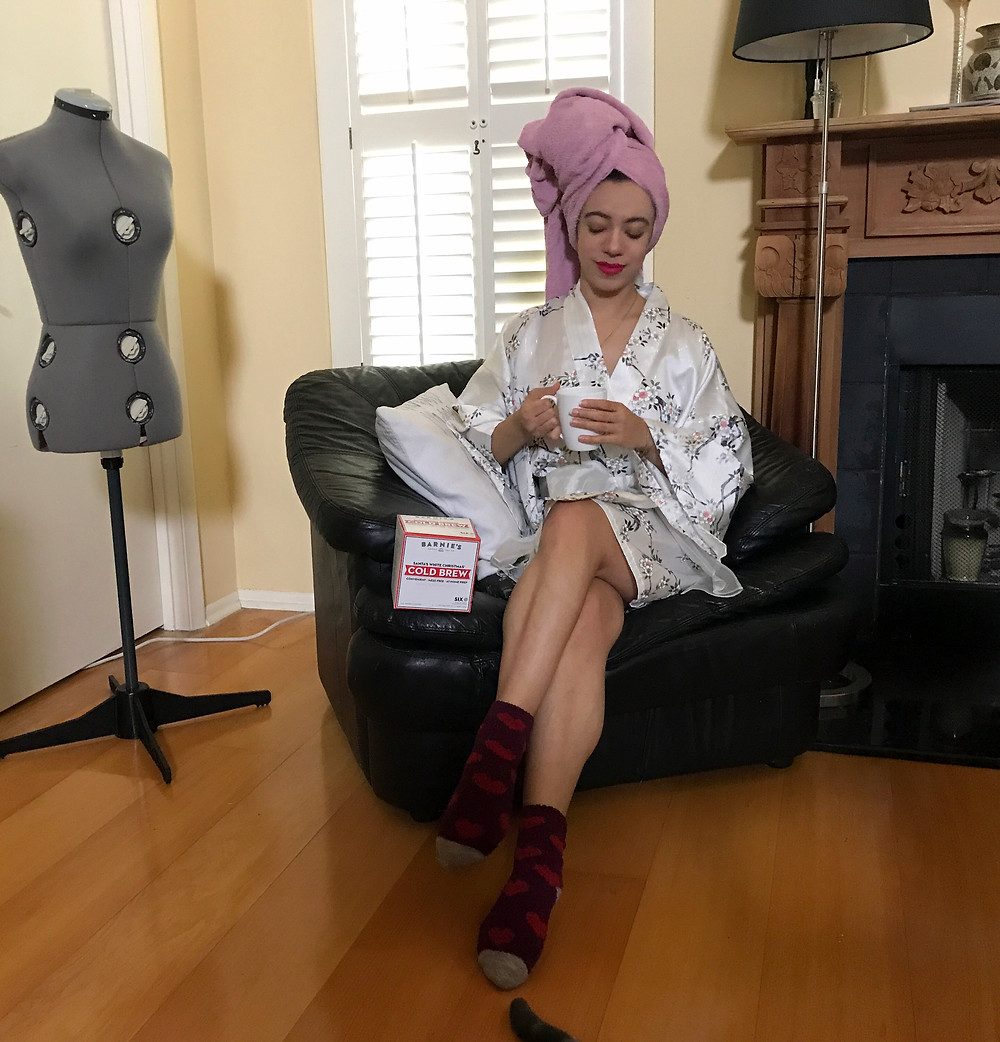 Barnie's-Coffee-Katrina-Belle-Orlando-Blogger-Katrina-Belle-Beauty-Orlando-Fashion-Blogger