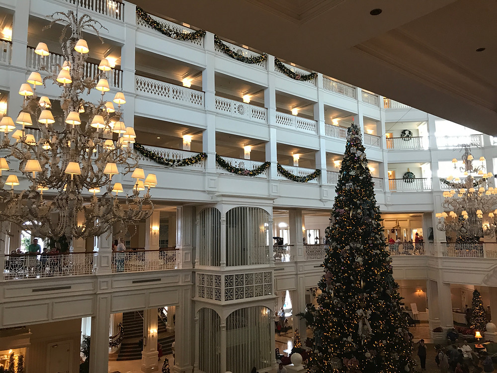 Katrina Belle - Katrina Belle Beauty - Orlando fashion blogger - Disney blogger - Grand Floridian Hotel at Christmas Holidays
