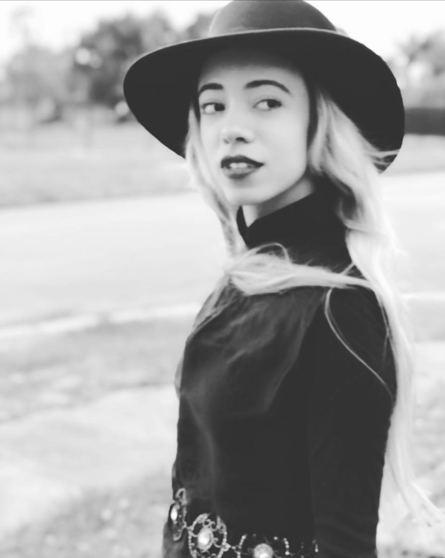 Katrina-Belle-Orlando-Fashion-Blogger-Katrina-Belle-Beauty-Orlando-Blogger-Downtown-Orlando