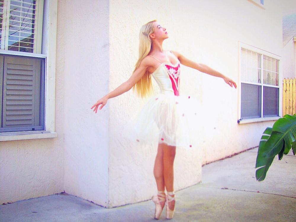 Katrina Belle - Katrina Belle Beauty - Ballerina - Ballet - Katrina Ballerina