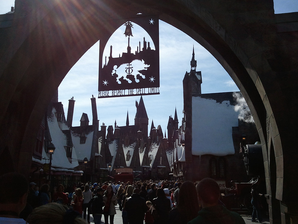 Katrina Belle - Katrina Belle Beauty - Orlando fashion blogger - Universal Orlando blogger - The Wizarding World of Harry Potter  - Hogsmede