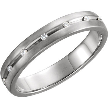 The Grooved Diamond Ring