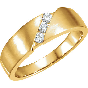 The Three Stone Diagonal Diamond Ring