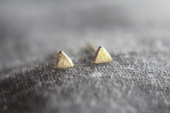 Essential Triangle Earrings