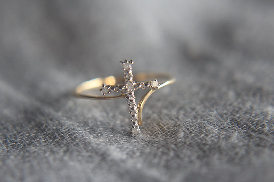 The Delicate Diamond Cross Ring