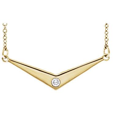 Essential Diamond Directional Pendant & Necklace