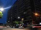 Iluminação em Santos tem 73,5% de aprovação e 744 pontos na INDSAT