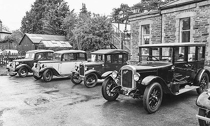 Winchcombe station with cars 30s 0w.jpg