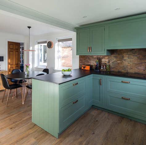 Neptune Henley Green Kitchen