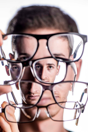 Durch die Brille
