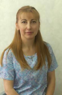 Стоматолг-терапевт Ахмедова Миясат