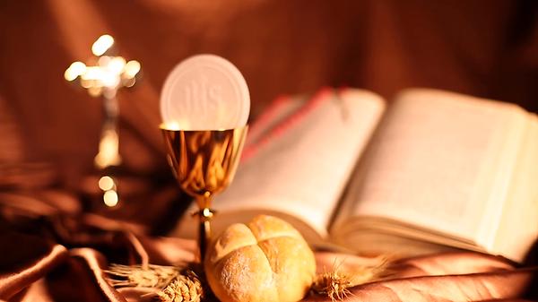 holy-communion-bread-wine_hj7ip5nr__F000