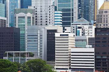 commercial-building-in-singapore-HMCTQBD
