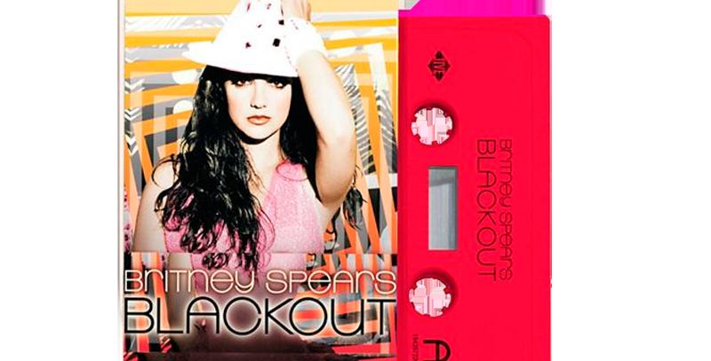 Britney Spears - Cassete Blackout Vermelha