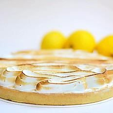 Лимонный тарт с зажженной меренгой