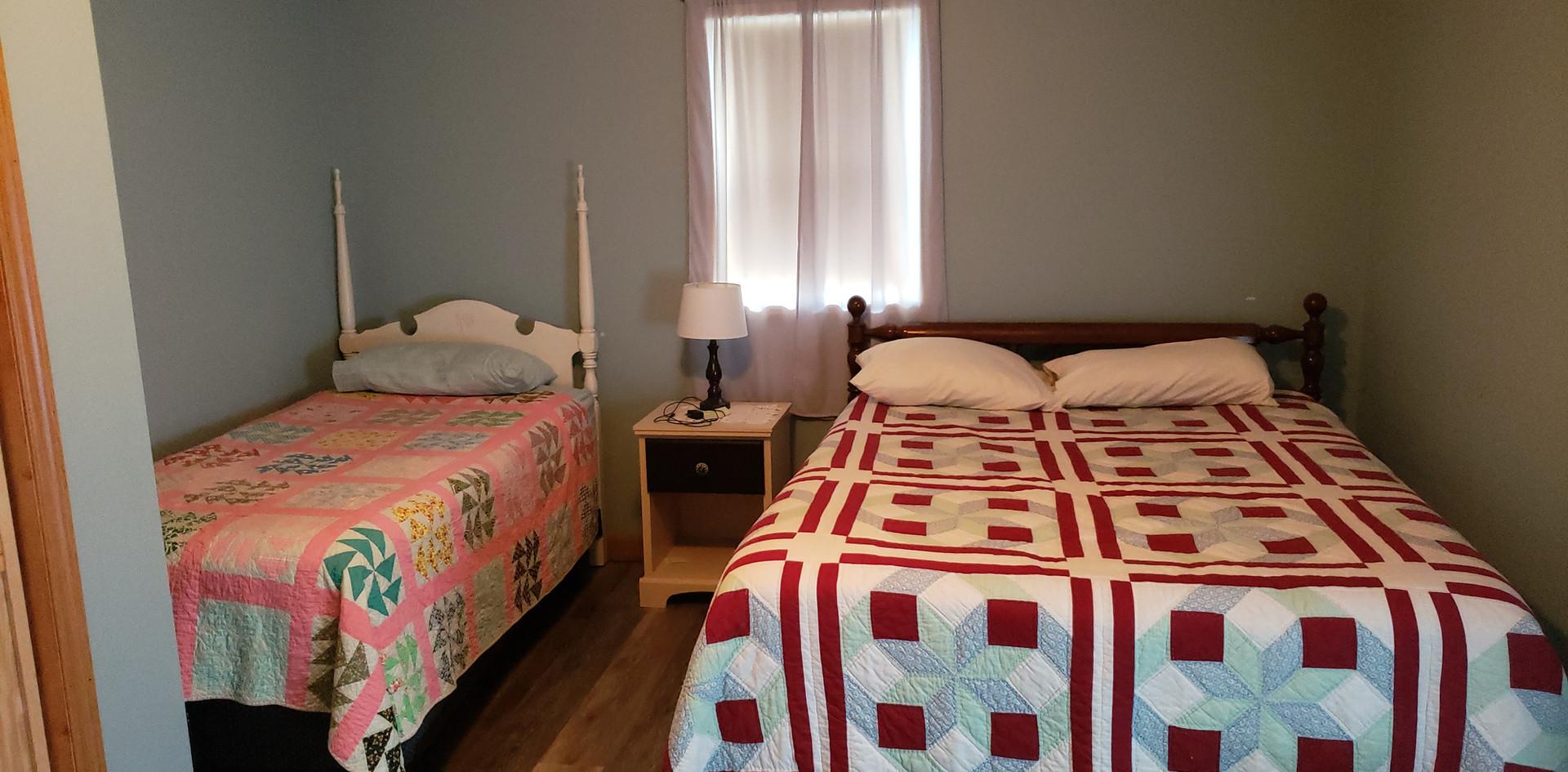 Back Bedroom (West)