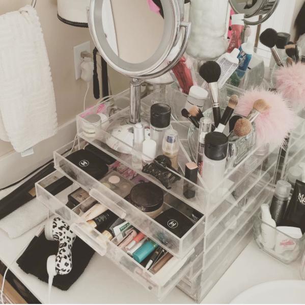 makeup cube