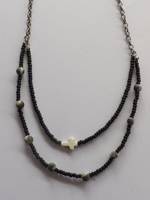 Black chain & bead necklace w/ animal print beads