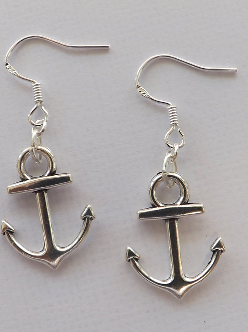 Silver hook dangle earring w/silver anchor charm