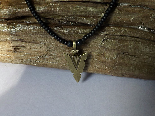 Black bead men's necklace w/ant. bronze arrowhead
