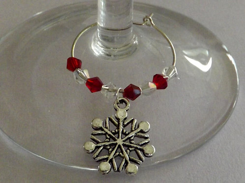 Christmas red & white with charm wine charms