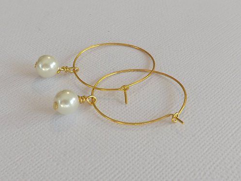 Gold hoop with a 8mm glass pearl drop