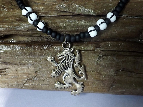 Black & black & white bead necklace w/dragon
