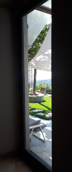 casa aperta sul paesaggio