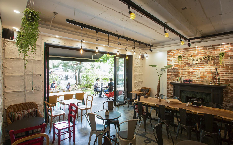하품하우스 강남점 카페