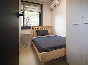 1st_1_bed_4.jpg