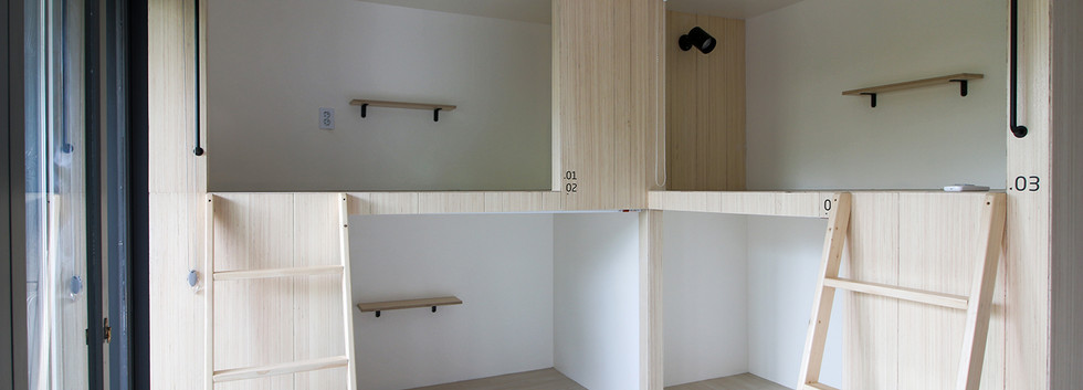 하품하우스 강남점 4인실