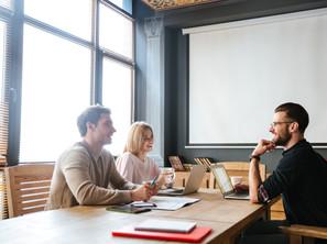 Quelle différence entre auto-entrepreneur et micro-entreprise ?