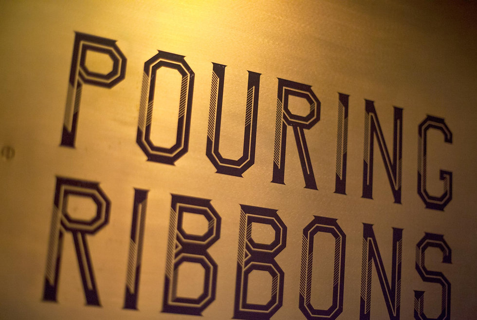 Pouring_Ribbons_04.jpg