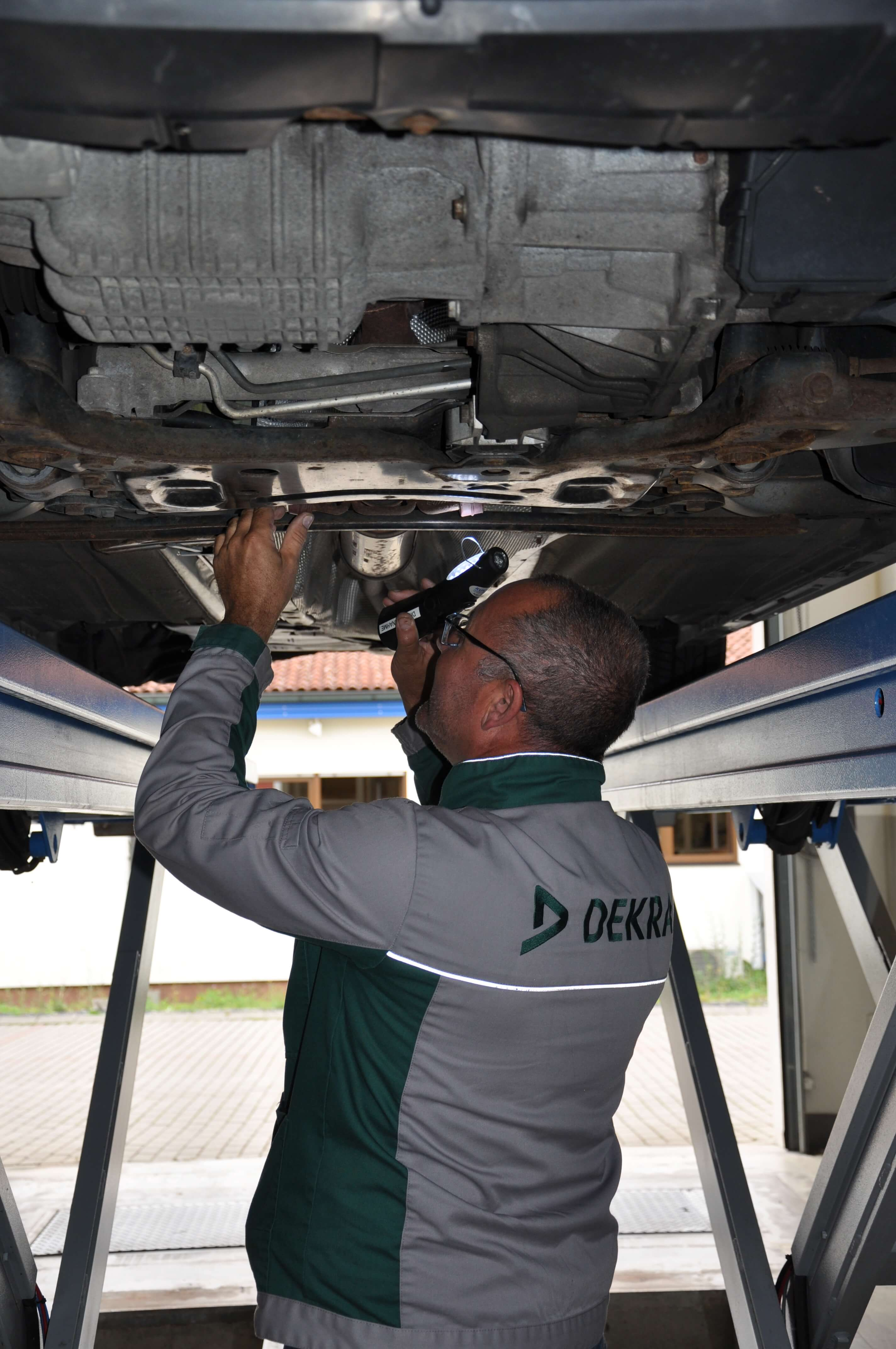 Autoservice Halbig - Dekra-Prüfung